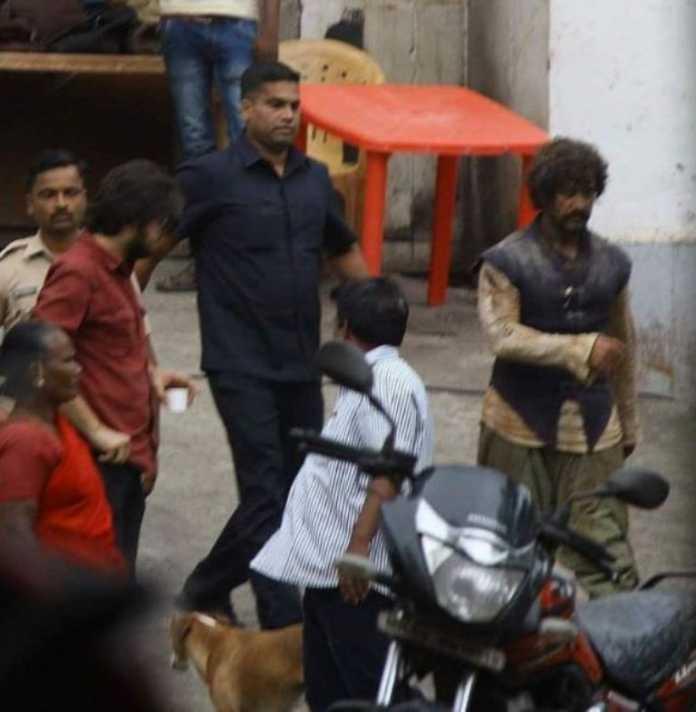 ફિલ્મ 'ઠગ્સ ઓફ હિન્દુસ્તાન' માં કંઇક આ લૂકમાં નજર આવશે Aamir Khan